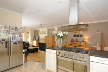 4 bed home to rent in Langley Waterside...