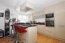 Apartment in Albemarle Road Beckenham...