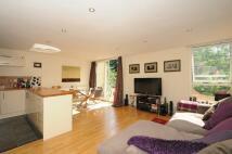 2 bedroom Flat to rent in Apex Close Beckenham BR3