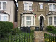 Flat in Honley Road Catford SE6
