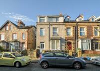 property to rent in Sackville Terrace, Garth Road
