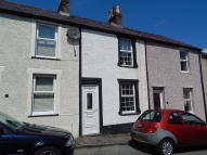 Terraced home to rent in Albert Street...