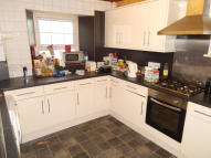 4 bed property in High Street, Bangor