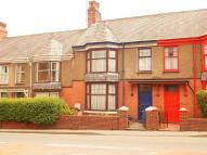 Flat to rent in Bangor, Gwynedd...