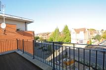 3 bed Apartment to rent in Plaistow Lane Bromley BR1