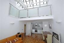 2 bed Apartment to rent in Tweedy Road Bromley BR1