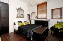 Apartment to rent in Wayside Chislehurst BR7