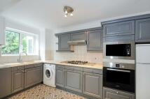 Apartment to rent in Apollo Avenue Bromley BR1