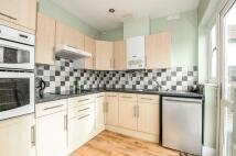 2 bedroom Bungalow in Chelsfield Road...
