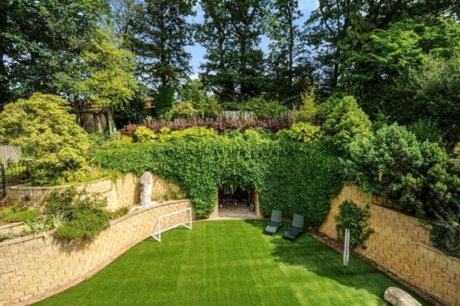 Garden high res