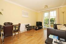 2 bed Flat to rent in Brompton Park Crescent...