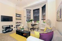 Flat to rent in Fitzjames Avenue West...