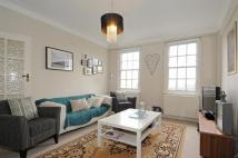 Flat to rent in Eton College Road...