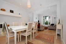 3 bed home to rent in St Thomas Gardens Chalk...