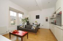 Flat to rent in De Beauvoir Road London...