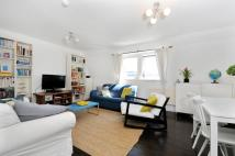 Flat in Upper Street Islington N1