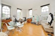 Flat to rent in North Road N7