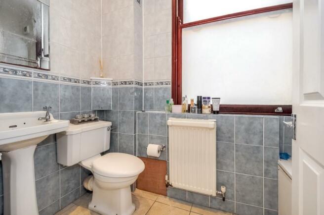 low rs bathroom