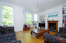 2 bedroom Flat in Austral Street ...