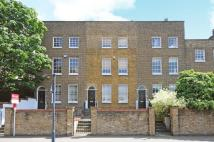 Flat to rent in Wandsworth Road ...