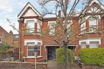 2 bed Maisonette in Nascot Street...