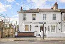 Flat for sale in Kenmont Gardens, NW10