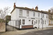 4 bedroom End of Terrace property for sale in Kenmont Gardens, London...