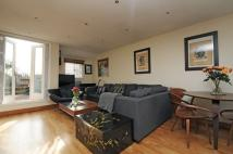 2 bedroom property to rent in Hampstead Lane Highgate...