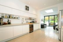 3 bed home in Sydney Road Muswell Hill...