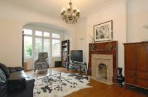 4 bed home to rent in Powys Lane Palmers Green...
