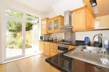4 bed home to rent in Grosvenor Road Muswell...