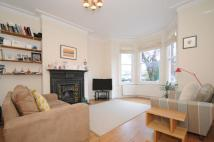 2 bedroom Flat in Sutton Road Muswell Hill...