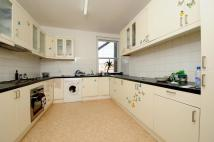 3 bed Flat in Avenue Mews Muswell Hill...
