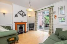 4 bed property to rent in Alexandra Park Road...