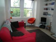 2 bedroom Flat in Athenlay Road  SE15