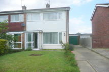 3 bed semi detached property to rent in Oak Road, Stowupland...