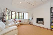Apartment in Manor Fields Putney SW15