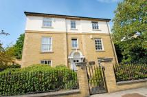 Flat to rent in Broomhill Road ...