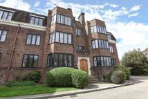 Flat to rent in Manor Fields Putney SW15
