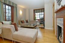 2 bedroom Flat in Scott Avenue Putney SW15