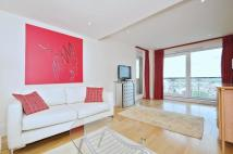 3 bedroom Flat to rent in Brewhouse Lane Putney...