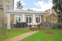 Bungalow to rent in The Orangery Putney SW15