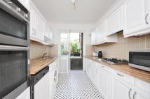 3 bedroom Apartment to rent in Putney Heath Putney SW15
