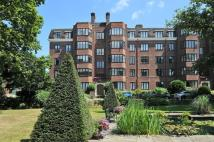 2 bedroom Flat in Manor Fields Putney SW15
