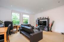 Apartment in Putney Hill Putney SW15
