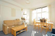Flat to rent in Abercorn Place St John's...
