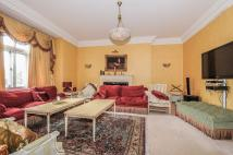 5 bed Flat in Harley House Marylebone...