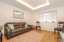 Flat to rent in North Gate St John's...