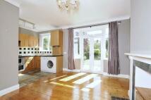 3 bedroom property in Egremont Road West...