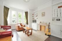 4 bedroom Maisonette in Mount Nod Road Streatham...